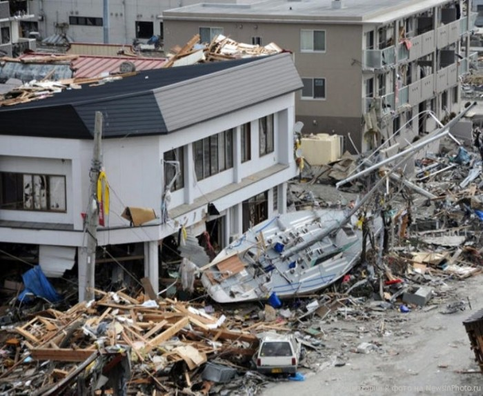 essay on the natural disasters japan 2011