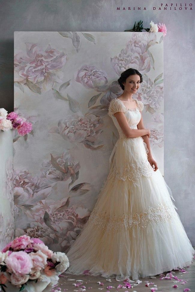 Красивые свадебные платья фото 2012, различные стили свадебных платьев короткие, пышные, необычные (9)