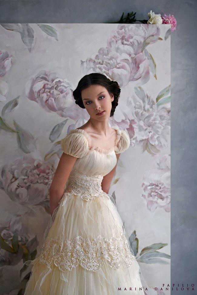 Красивые свадебные платья фото 2012, различные стили свадебных платьев короткие, пышные, необычные (10)