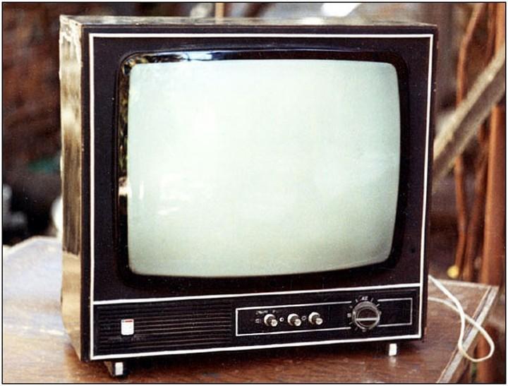 Фото старого советского телевизора (8) .