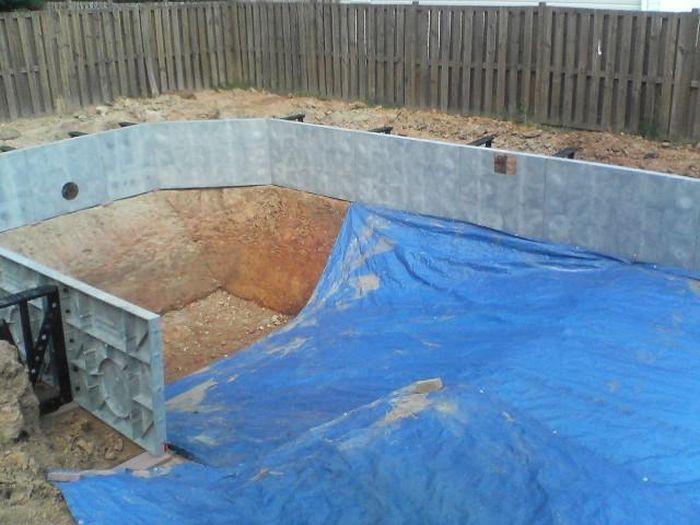 Сделать бассейн на даче своими руками