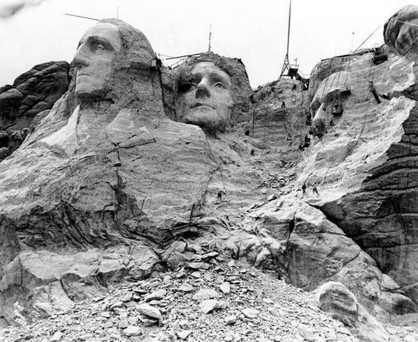 Как строили национальный мемориал гора Рашмор (14)