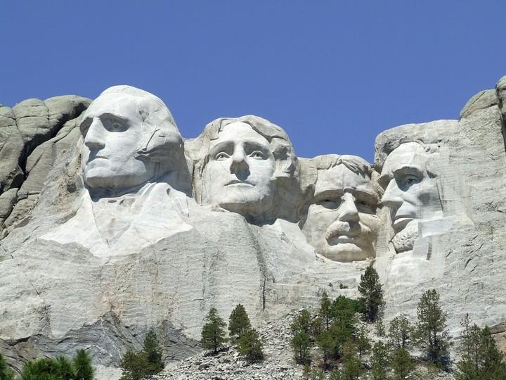 Как строили национальный мемориал гора Рашмор (20)