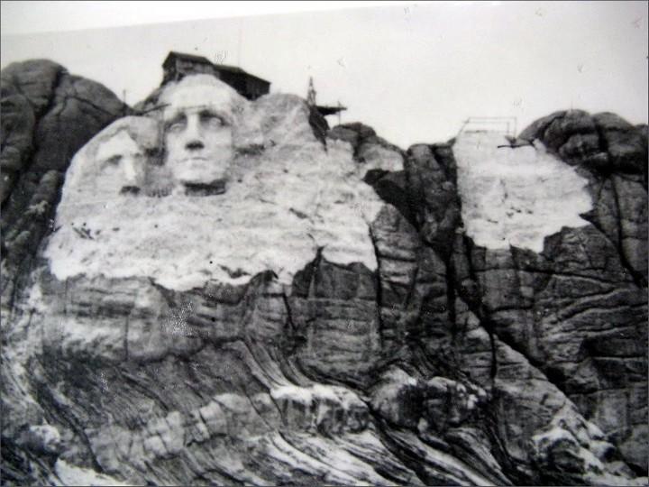 Как строили национальный мемориал гора Рашмор (2)