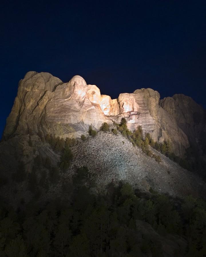 Как строили национальный мемориал гора Рашмор (30)