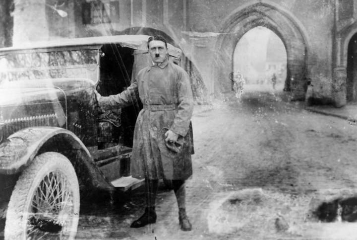 Адольф Гитлер. Жизненный путь в фотографиях (13)