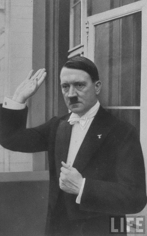 Адольф Гитлер. Жизненный путь в фотографиях (22)