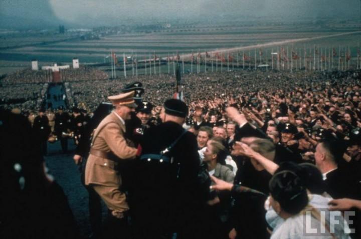 Адольф Гитлер. Жизненный путь в фотографиях (24)