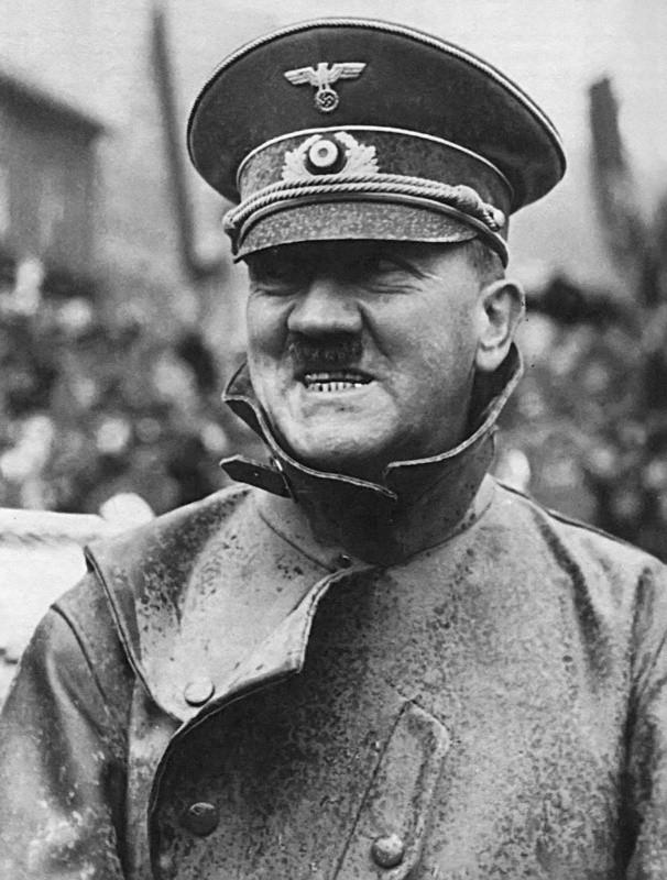 Адольф Гитлер. Жизненный путь в фотографиях (30)