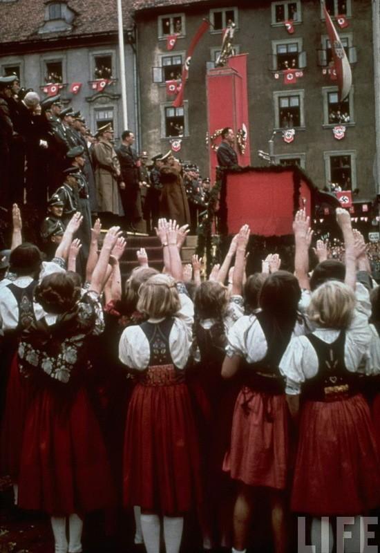 Адольф Гитлер. Жизненный путь в фотографиях (31)