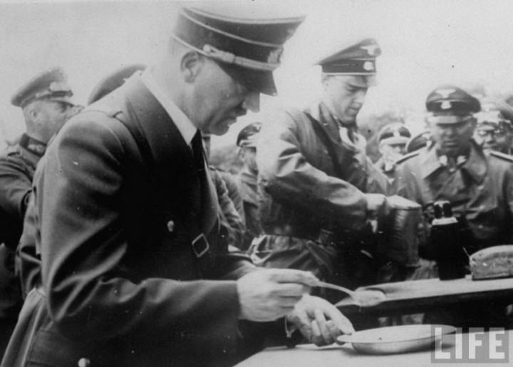 Адольф Гитлер. Жизненный путь в фотографиях (39)