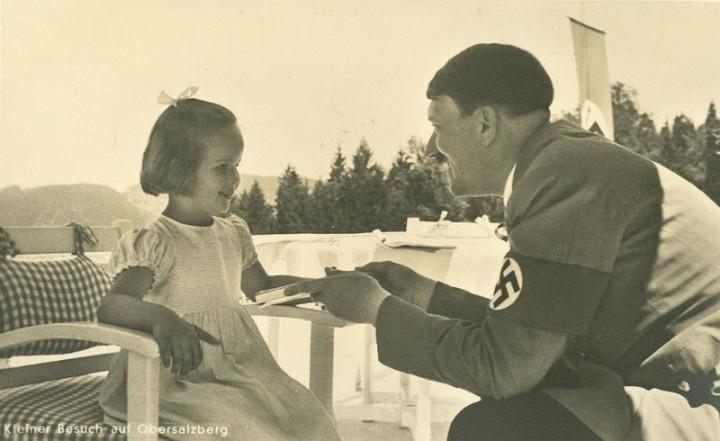 Адольф Гитлер. Жизненный путь в фотографиях (44)