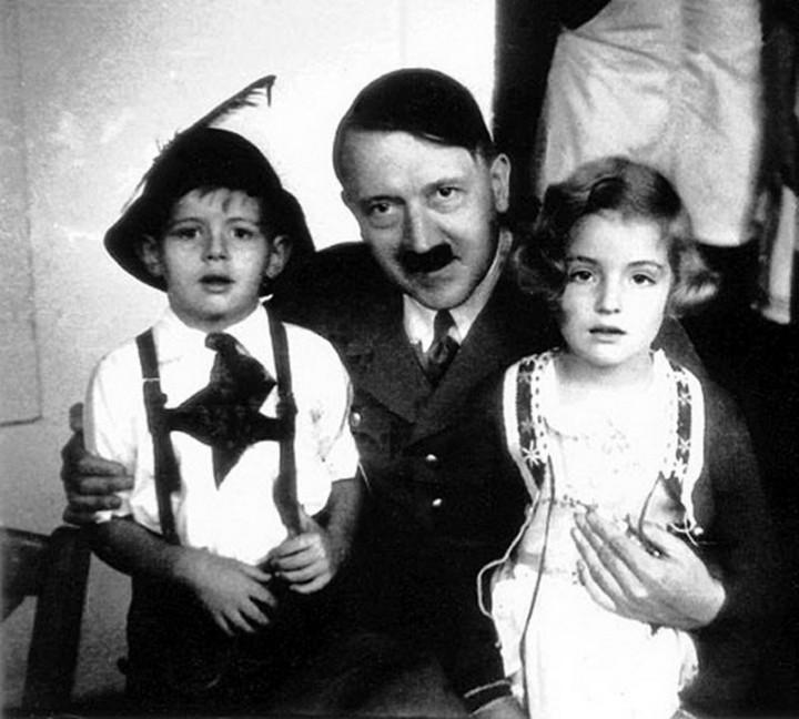 Адольф Гитлер. Жизненный путь в фотографиях (45)