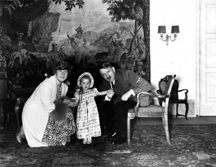 Адольф Гитлер. Жизненный путь в фотографиях (46)