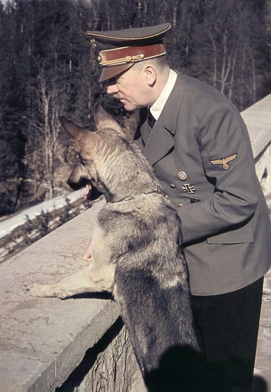 Адольф Гитлер. Жизненный путь в фотографиях (49)