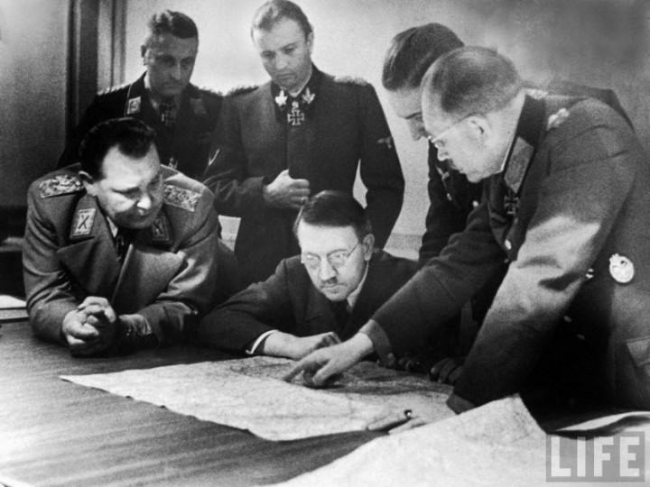 Адольф Гитлер. Жизненный путь в фотографиях (53)