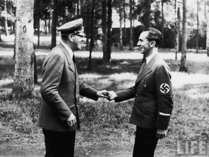 Адольф Гитлер. Жизненный путь в фотографиях (55)
