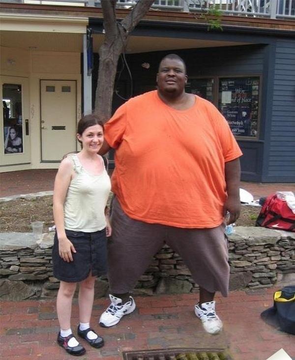 самый тяжелый сумоист в мире, самый большой спортсмен в мире, большой человек (7)