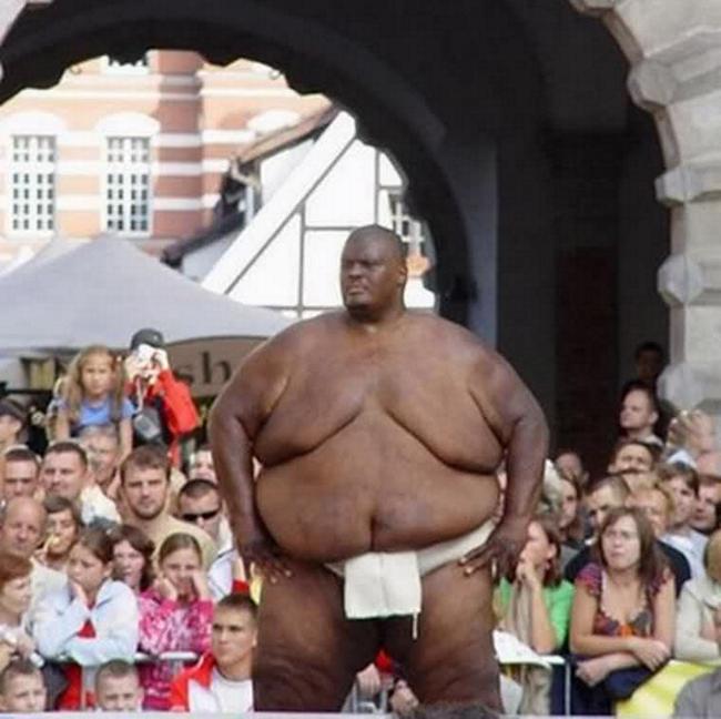самый тяжелый сумоист в мире, самый большой спортсмен в мире, большой человек (3)