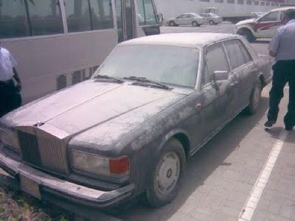 Брошенные дорогие автомобили в Дубае, редкие автомобили (12)