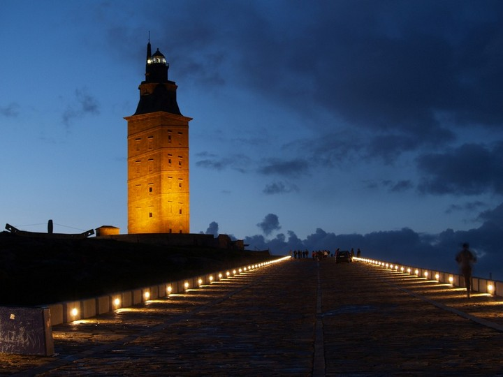 самый древний и старый маяк в мире (10)