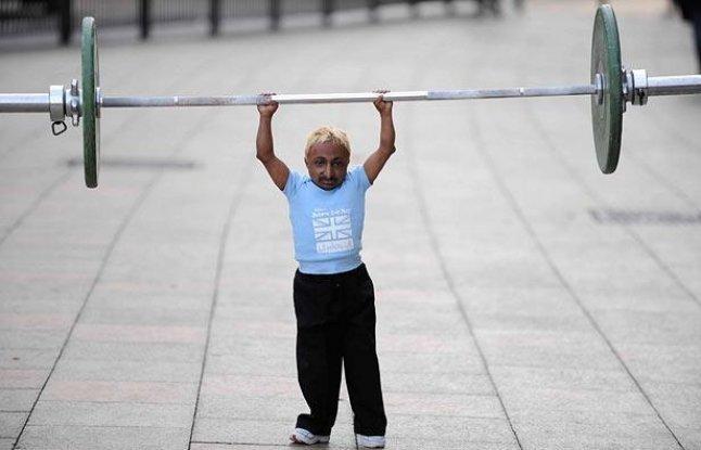 Самый маленький бодибилдер в мире из Индии Адития Ромео (6)