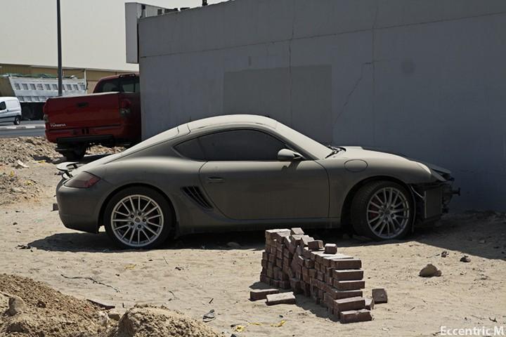 Брошенные дорогие автомобили в Дубае, редкие автомобили (6)