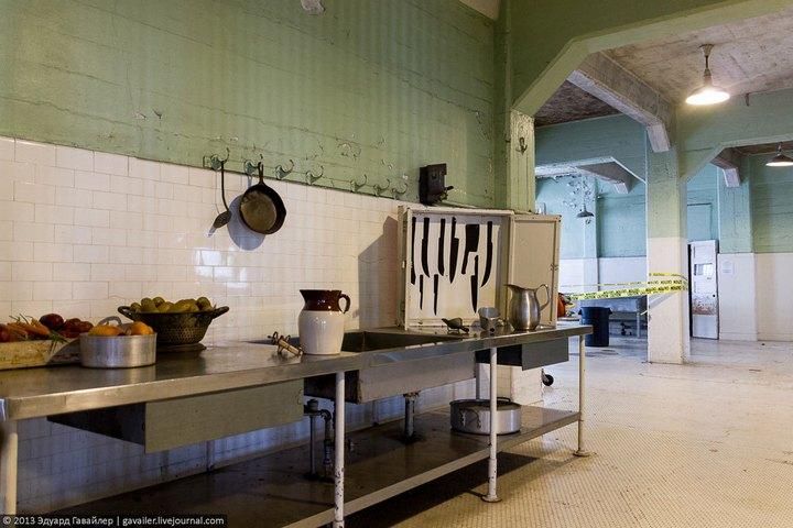 Алькатрас — легендарная тюрьма Америки (20)