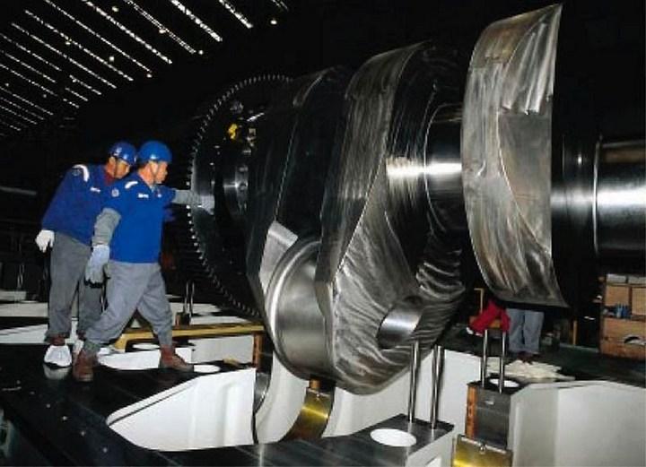 самый большой и мощный мотор в мире RT-flex96C (8)