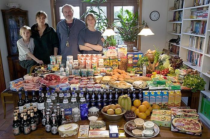 Что съедают семьи из 15 стран мира за неделю (2)