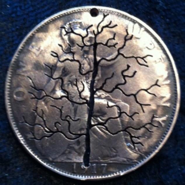 Красивые кулоны из старых монет (16)