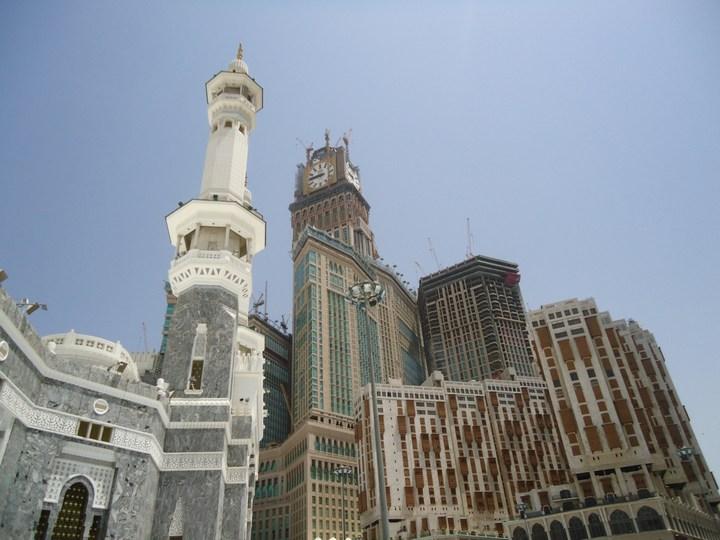 """Огромная башня с часами в Саудовской Аравии — """"Makkah Clock Royal Tower"""", мега стройка (19)"""