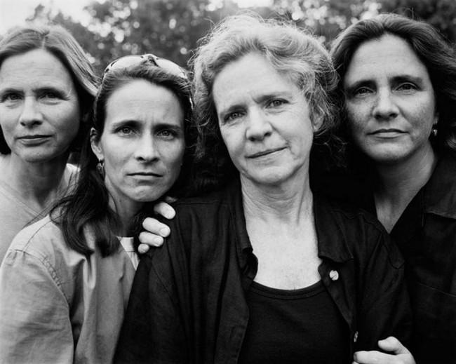 каждый год по фото, как стареют люди, четыре сестры (25)