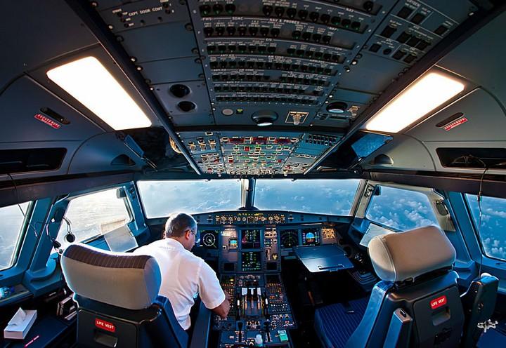 Фотографии из кабины пилота самолета (4)