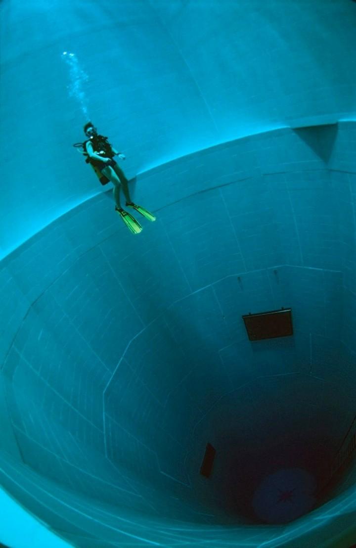 Самый глубокий бассейн в мире расположен в Бельгии (13)