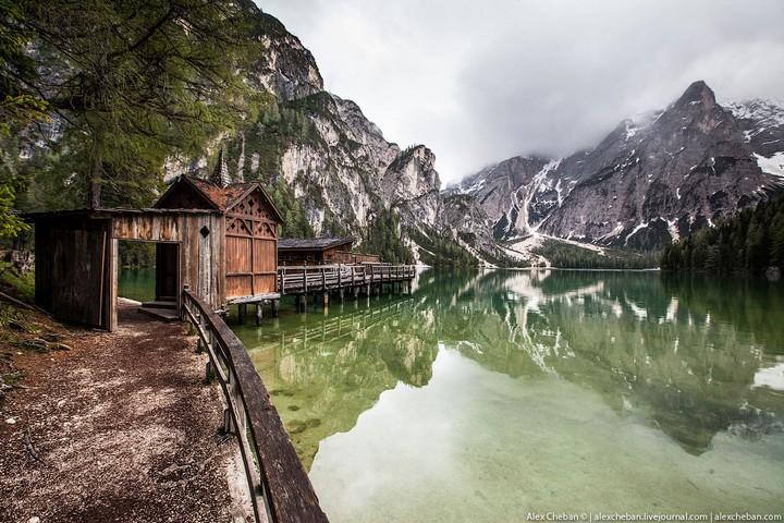 Озеро Брайес (Lago di Braies) в Италии (3)