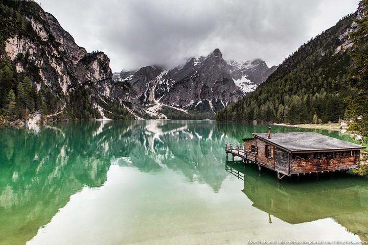 Озеро Брайес (Lago di Braies) в Италии (4)