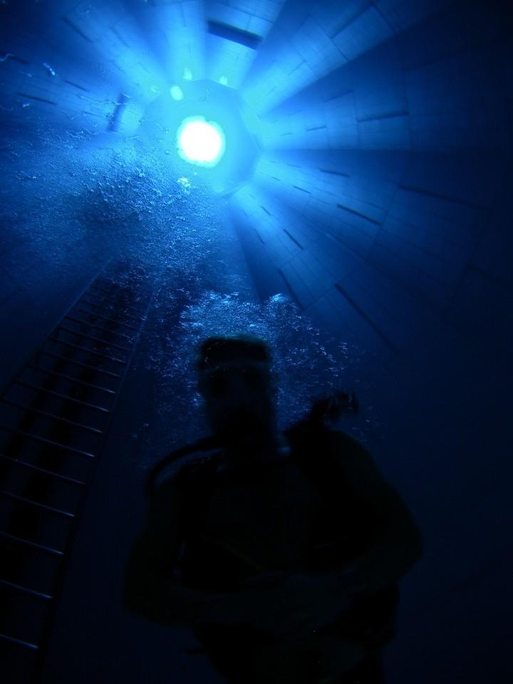 Самый глубокий бассейн в мире расположен в Бельгии (10)