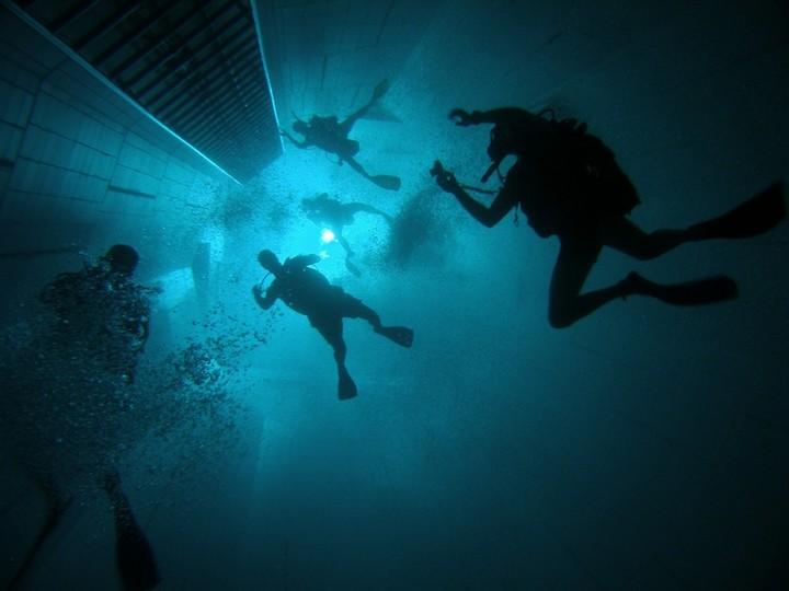 Самый глубокий бассейн в мире расположен в Бельгии (9)