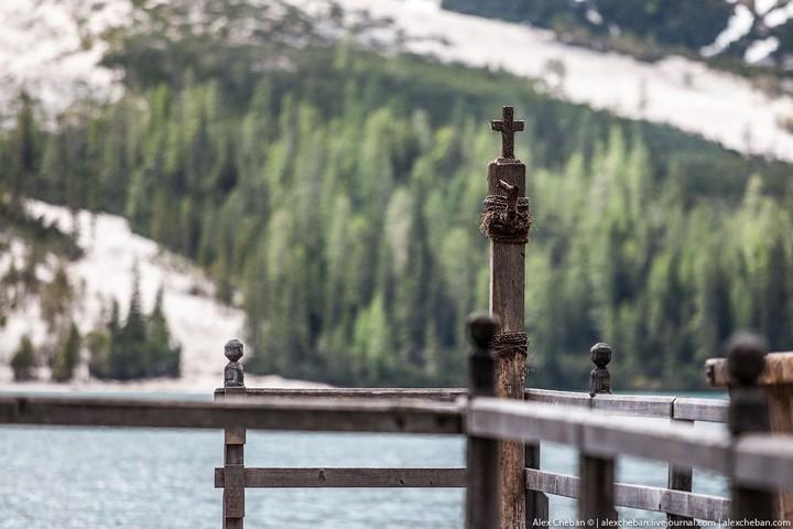 Озеро Брайес (Lago di Braies) в Италии (7)