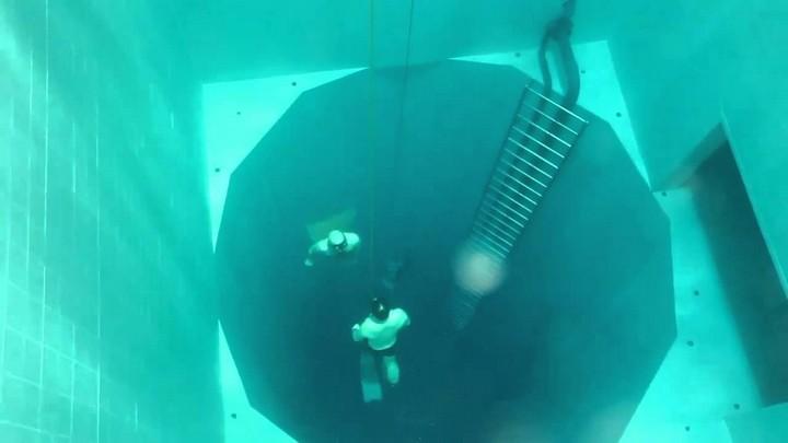 Самый глубокий бассейн в мире расположен в Бельгии (6)