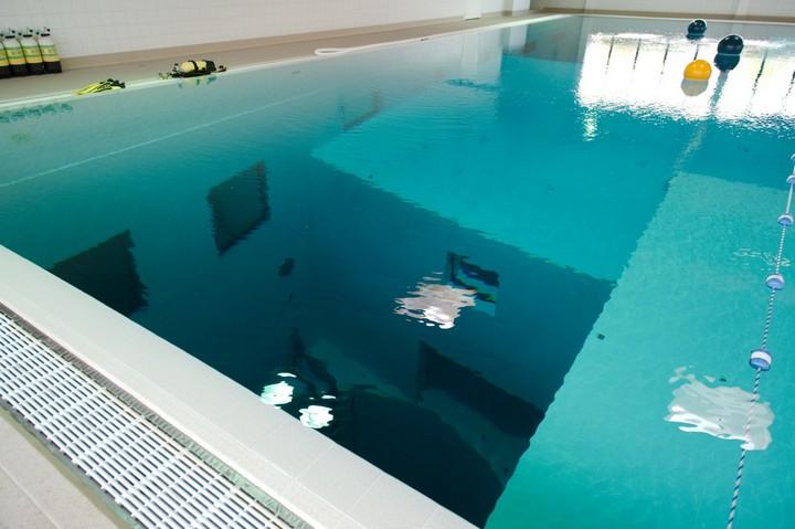 Самый глубокий бассейн в мире расположен в Бельгии (4)
