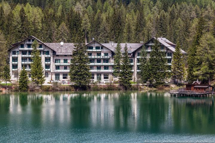 Озеро Брайес (Lago di Braies) в Италии (20)