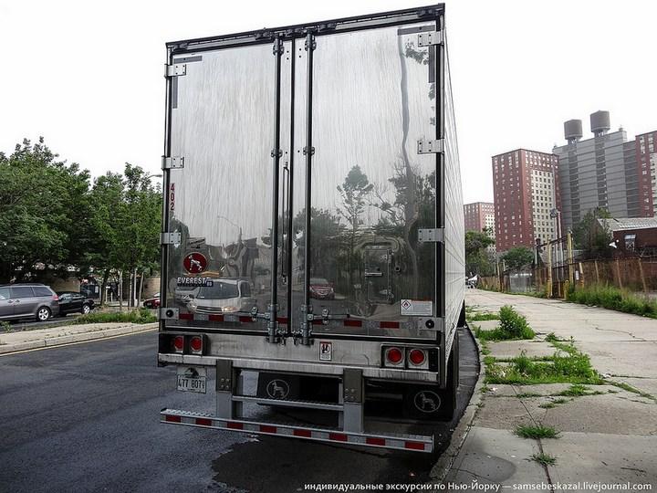 Американский грузовик Freighliner Cascadia внутри кабины, как выглядит американский тягач внутри, органы управления (23)