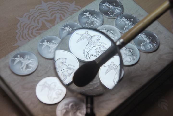 Как делают деньги на монетном дворе (10)