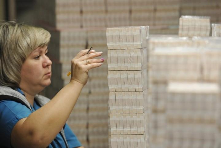 Как делают деньги на монетном дворе (1)