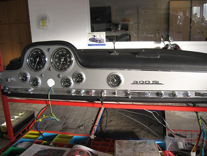 Mercedes 300SL «Gullwing» своими руками (34)