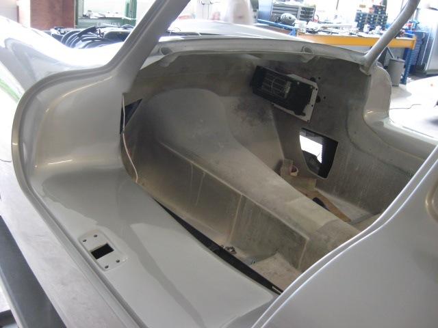 Mercedes 300SL «Gullwing» своими руками (43)