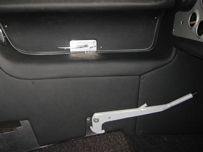Mercedes 300SL «Gullwing» своими руками (54)