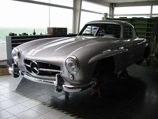 Mercedes 300SL «Gullwing» своими руками (83)
